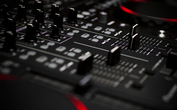 Mixing board wallpaper